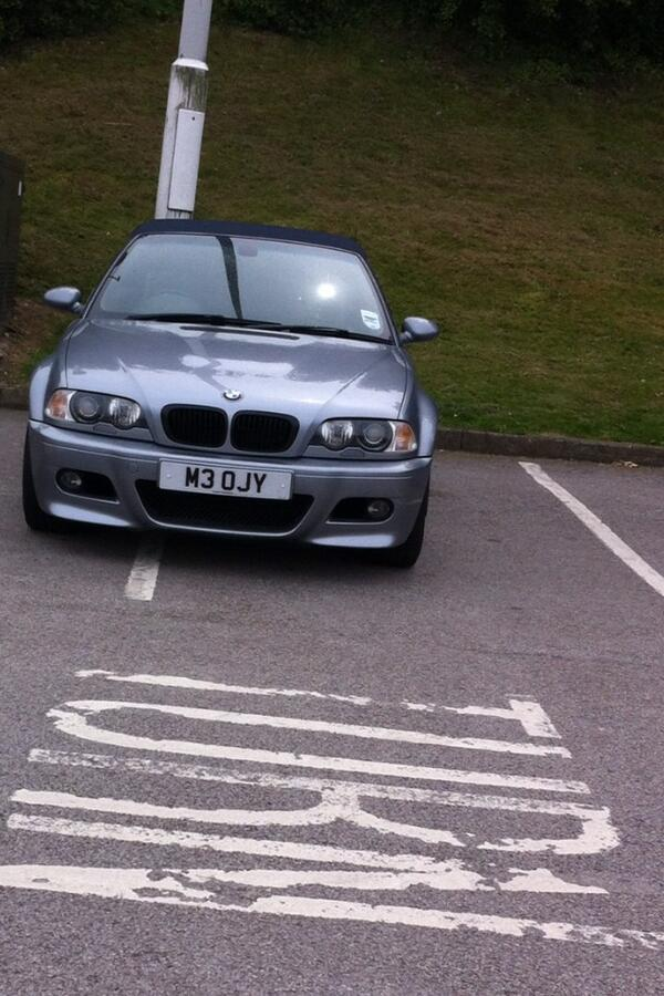 M3 OJY displaying Selfish Parking