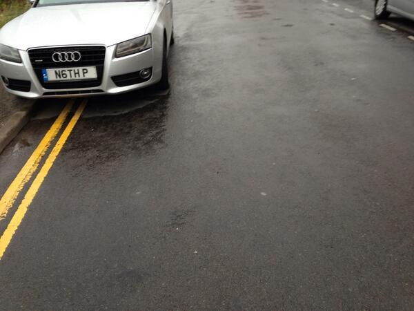 N6TH P displaying Inconsiderate Parking