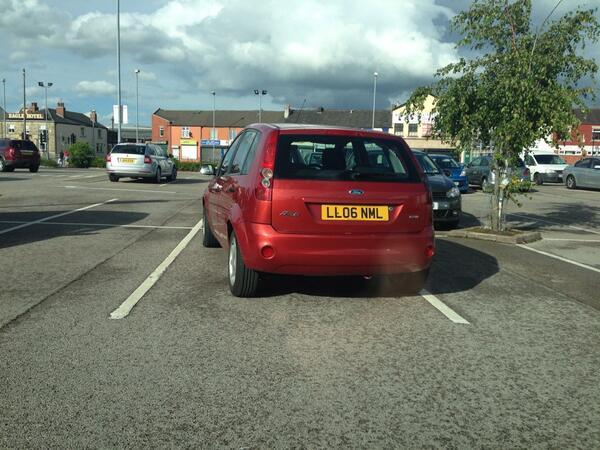 LL06 NML displaying crap parking