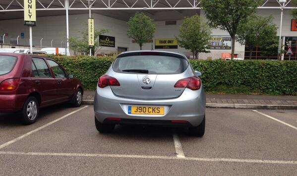 J90 CKS is a crap parker