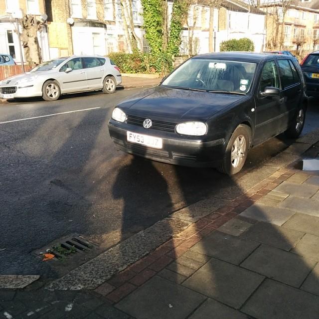 FY53 JJZ displaying crap parking