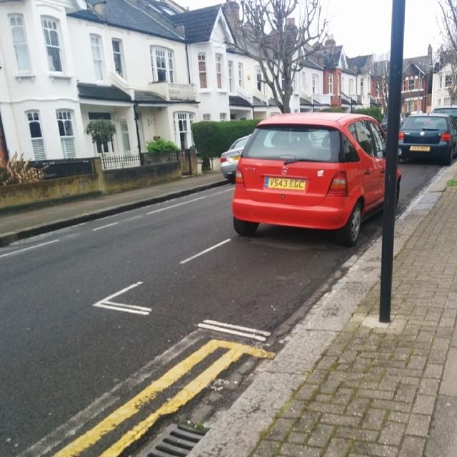 V543 EGC displaying crap parking