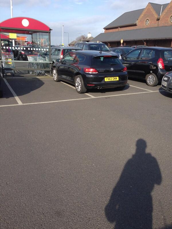parkingquality-taken-up-two-spaces-sainsburys-grimsby-parkingfail-parkingmadness-httpt-col4w38yxk6i-fw12-omm-selfishparker