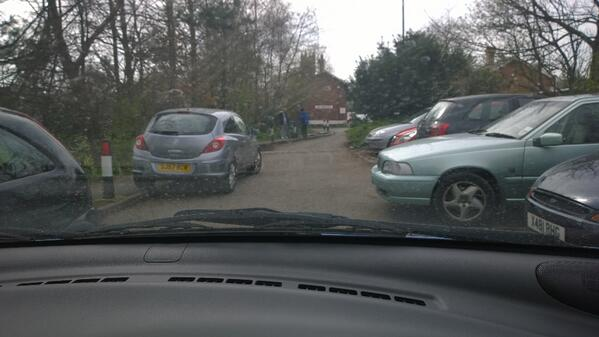 elblazo-awful-parking-at-ormskirk-train-station-blocked-the-road-start-fining-bad-parking-merseyrail-httpt-coarwlfzmr7c-sj57-rcv