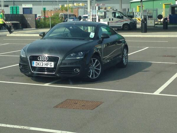 rt-darren7308-yplac-parklikeamoron-choice-of-14-spaces-these-two-will-do-just-fine-httpt-conk0cupytyl-dk13-hfg
