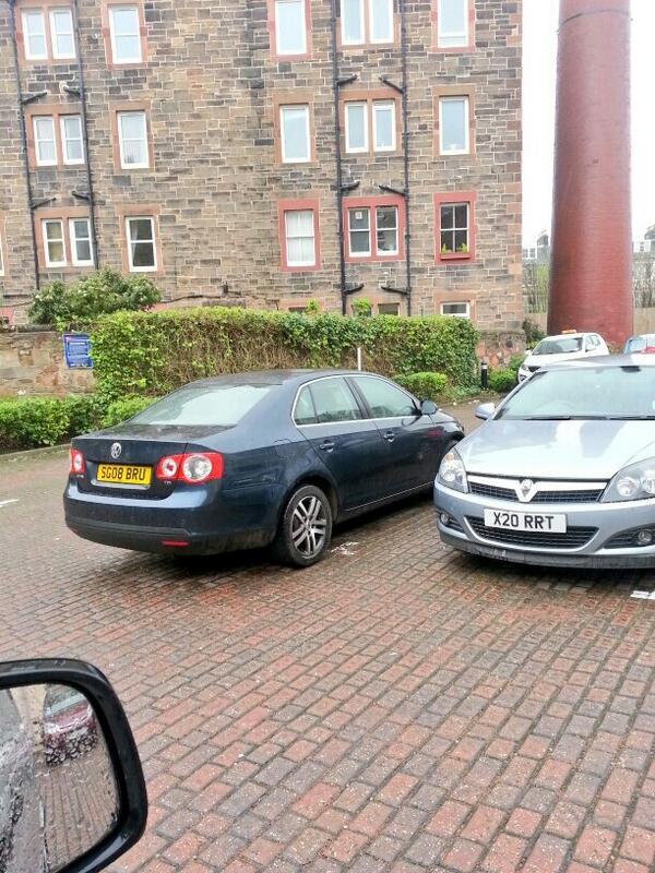 SC08 BRU displaying Inconsiderate Parking