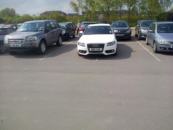 M60 SHK displaying Inconsiderate Parking