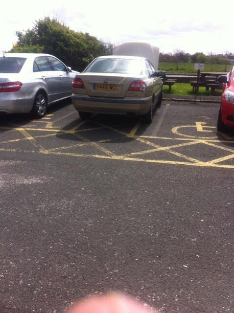 Y455 WCC displaying Inconsiderate Parking