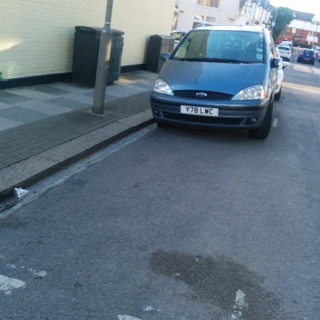 Y781 LWC displaying Inconsiderate Parking