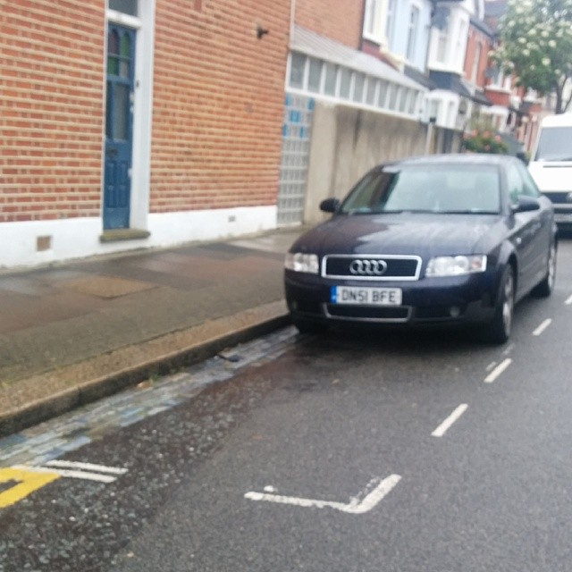 DN51 BFE displaying Inconsiderate Parking
