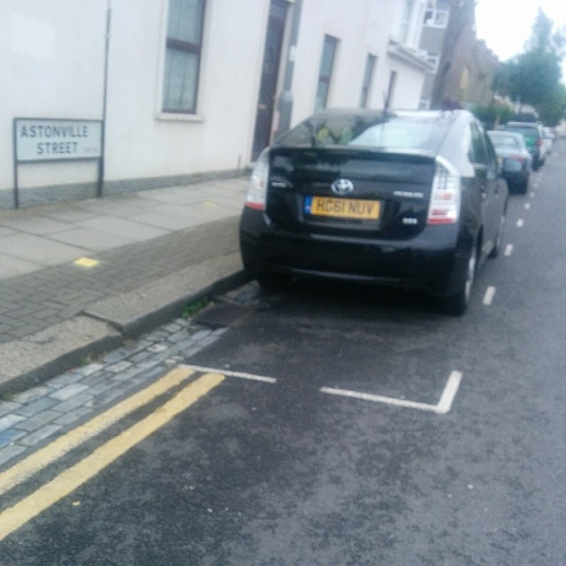 HG61 NUV is an Inconsiderate Parker