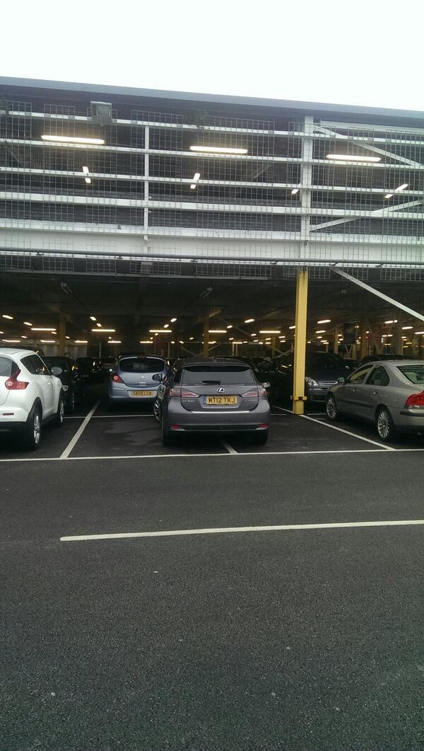 MT12 TKJ displaying crap parking