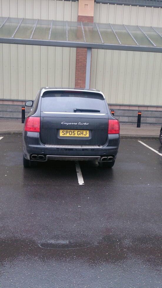 SP05 GHJ displaying crap parking