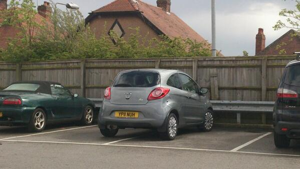 YP22 NUH is an Inconsiderate Parker