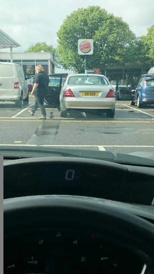 88 DER displaying crap parking