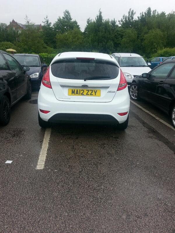 MA12 ZZY displaying Inconsiderate Parking