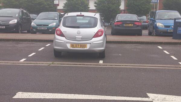 BL07 BUO displaying crap parking