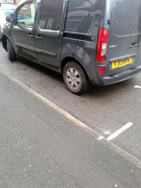 FJ13 MYK displaying crap parking