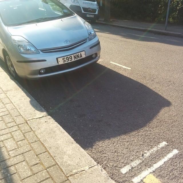 S99 NNA displaying crap parking