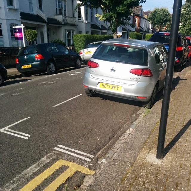 RE13 WPY displaying crap parking
