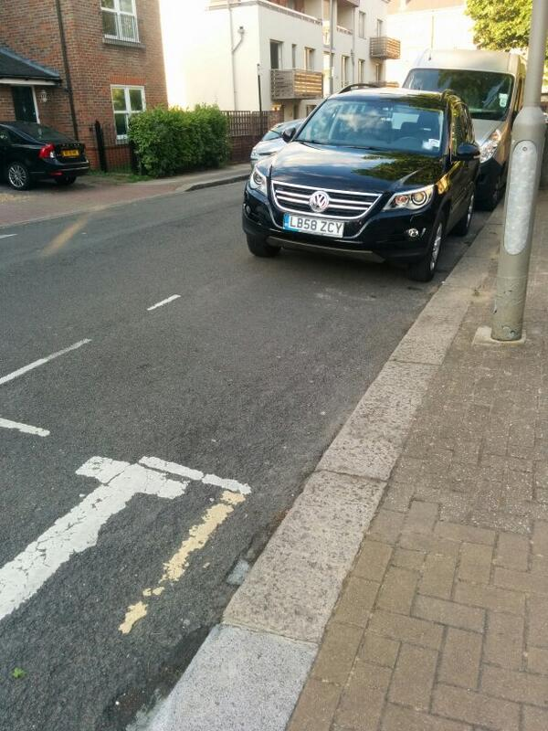 LB58 ZCY displaying Inconsiderate Parking
