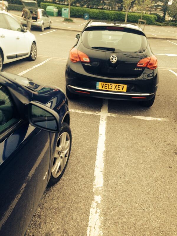 VE13 XEV is a crap parker