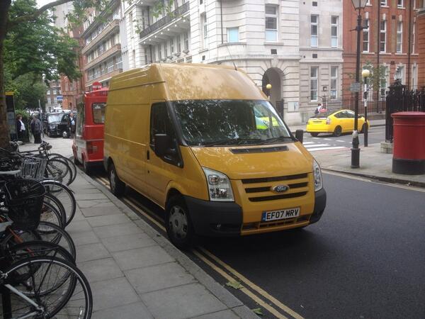 EF07 MRV displaying crap parking