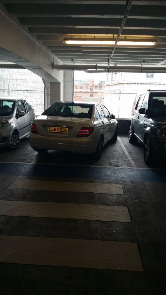 SL63 ZBE displaying Selfish Parking