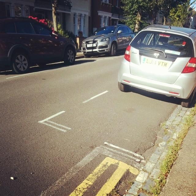 LJ14 VTM displaying Selfish Parking