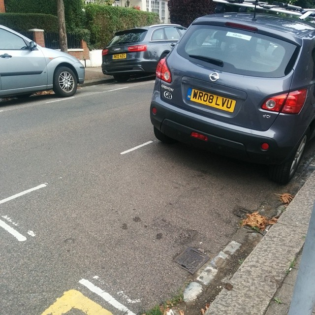 WR08 LVU Not considering others by using the white lines properly and wasting 1/2 a space. #selfishparker