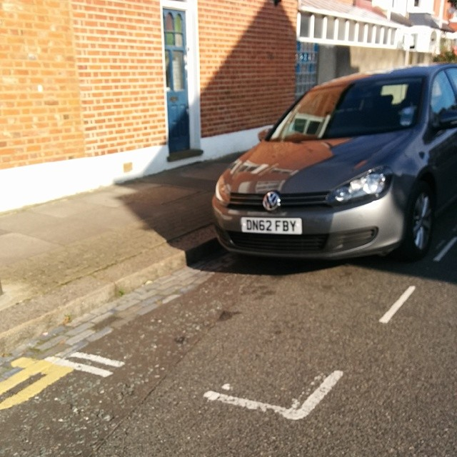 DN62 FBY displaying Inconsiderate Parking