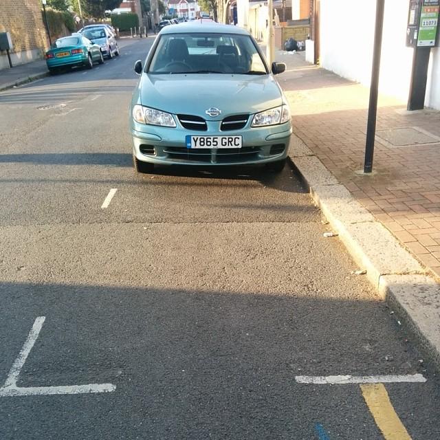 Y865 GRC displaying crap parking
