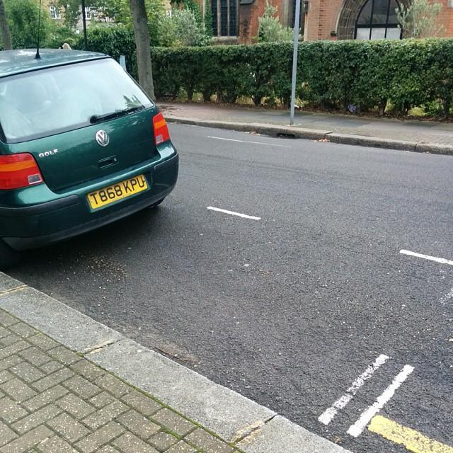 T868 KPU displaying Inconsiderate Parking
