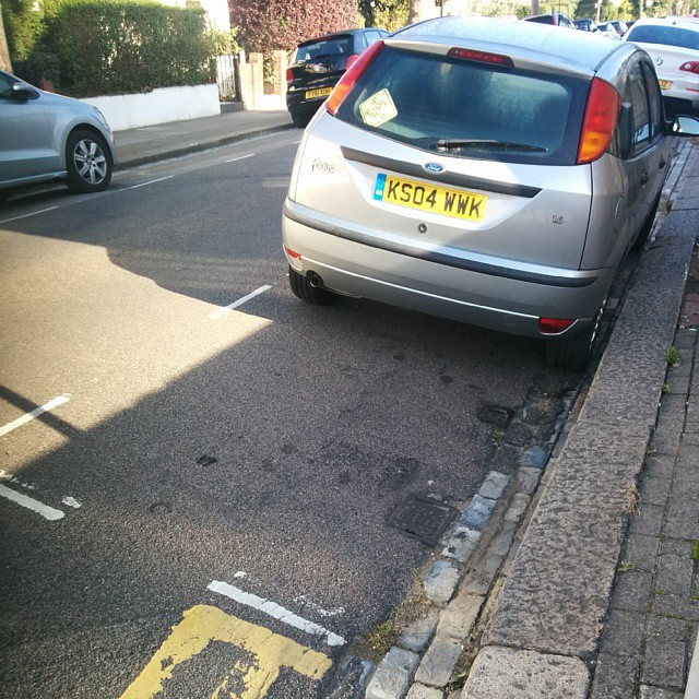 KS04 WWK is an Inconsiderate Parker