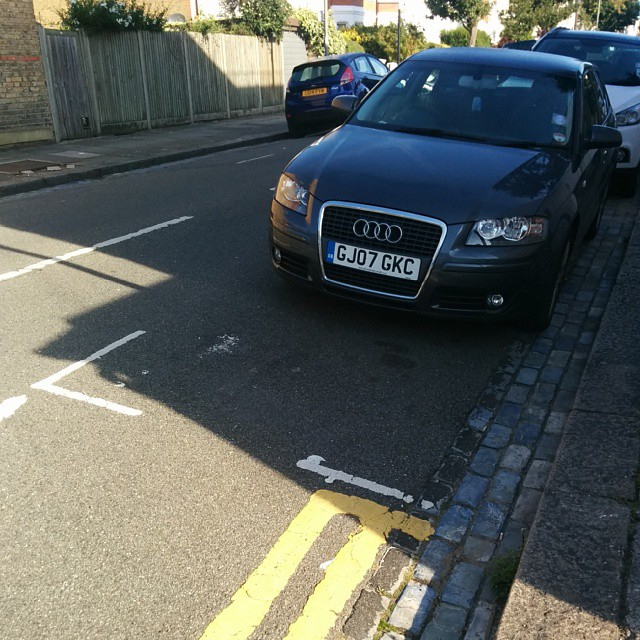 GJ07 GKC is an Inconsiderate Parker