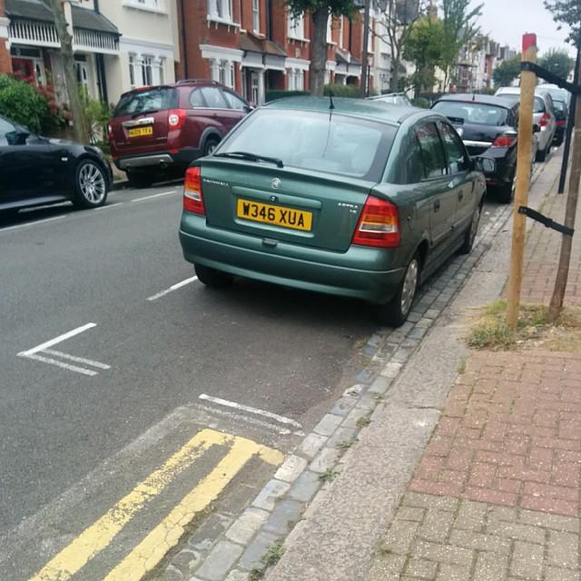 W346 XUA is a crap parker