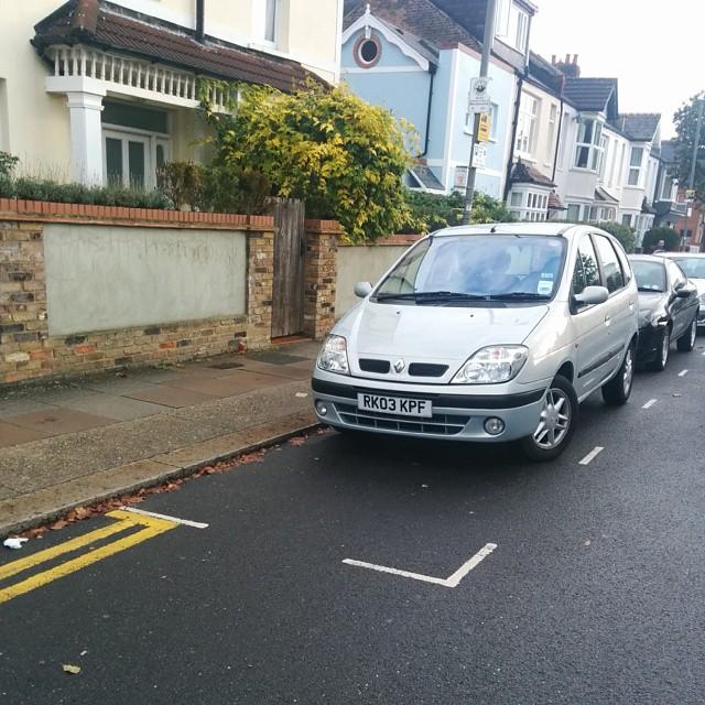 RK03 KPF displaying crap parking
