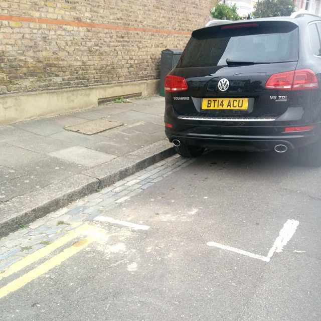 BT14 ACU displaying Selfish Parking