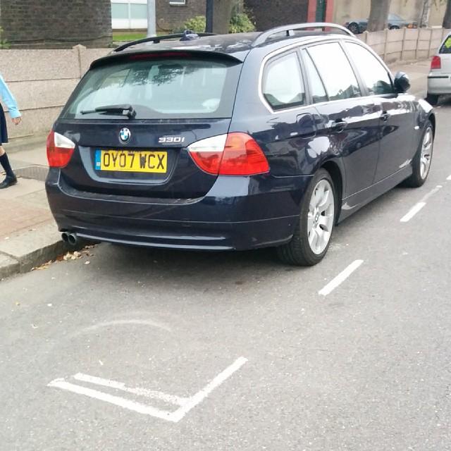 OY07 WCX displaying Selfish Parking