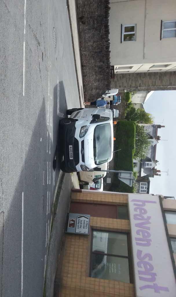 HJ13 HXB is a crap parker