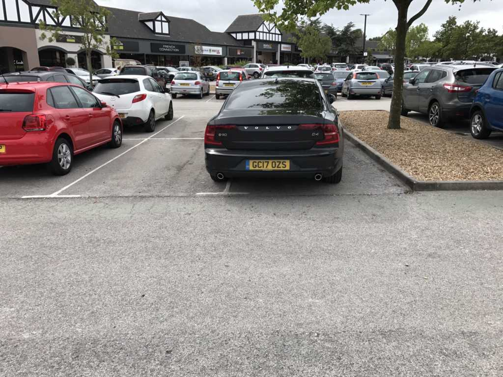 GC17 OZS is an Inconsiderate Parker