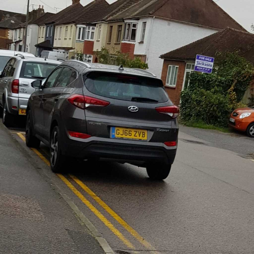 GJ66 ZVB displaying Inconsiderate Parking