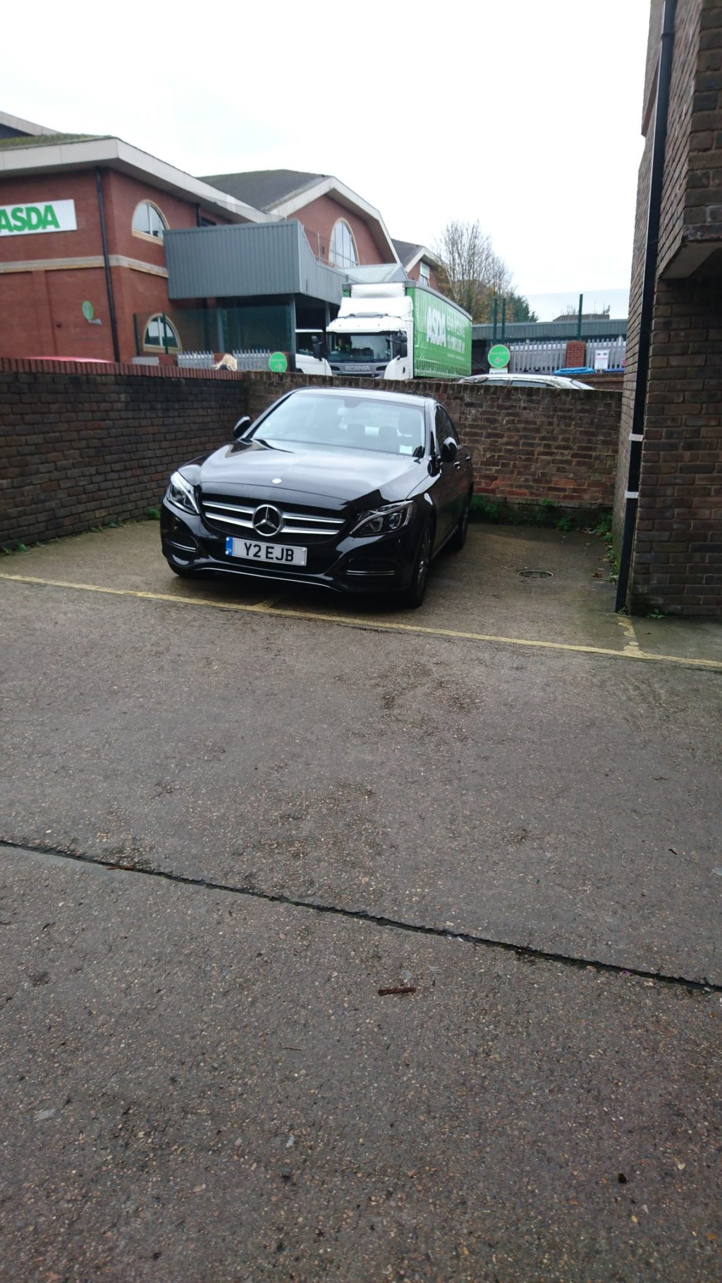 Y2 ELB is an Inconsiderate Parker