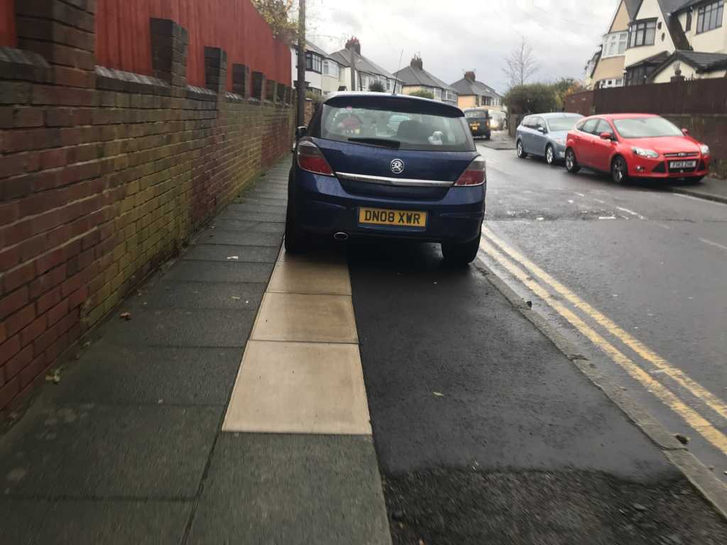 DN08 XWR is an Inconsiderate Parker