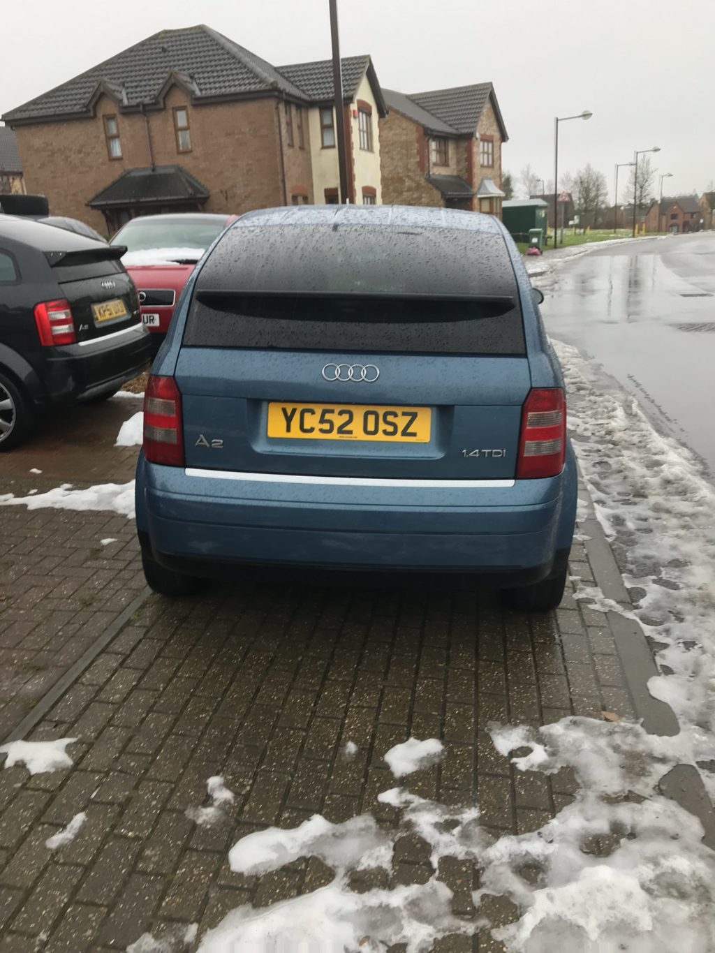 YC54 OSZ displaying Inconsiderate Parking
