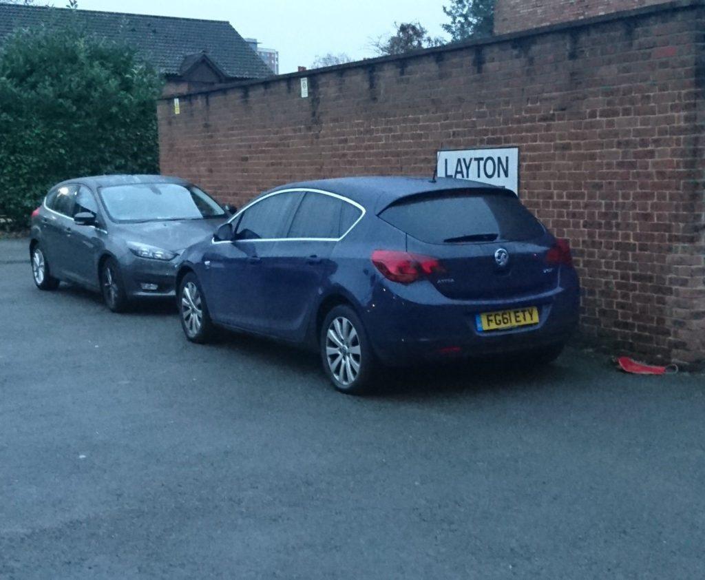FG61 ETY displaying crap parking