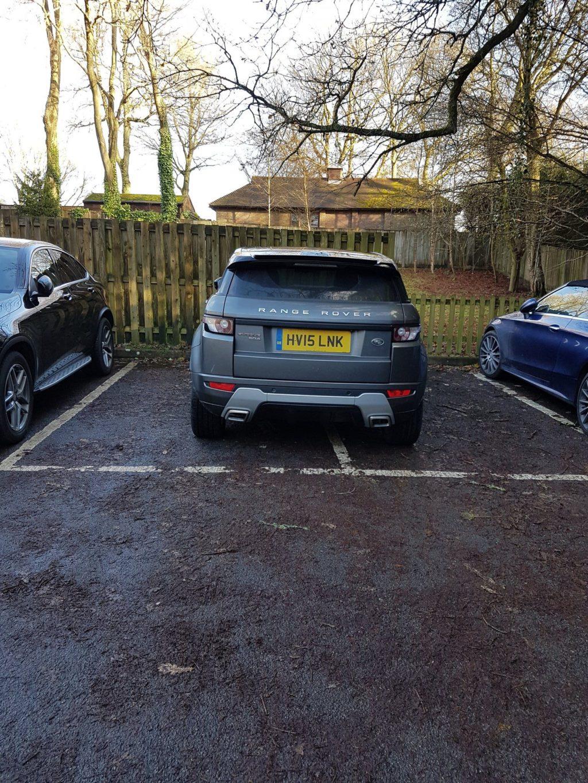 HV15 LNK displaying Selfish Parking