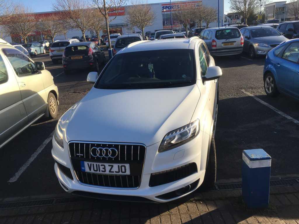 VU13 ZJO displaying Selfish Parking