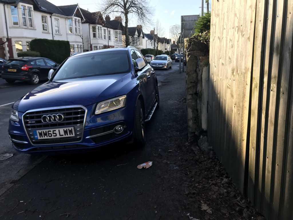 WM65 LWW displaying crap parking