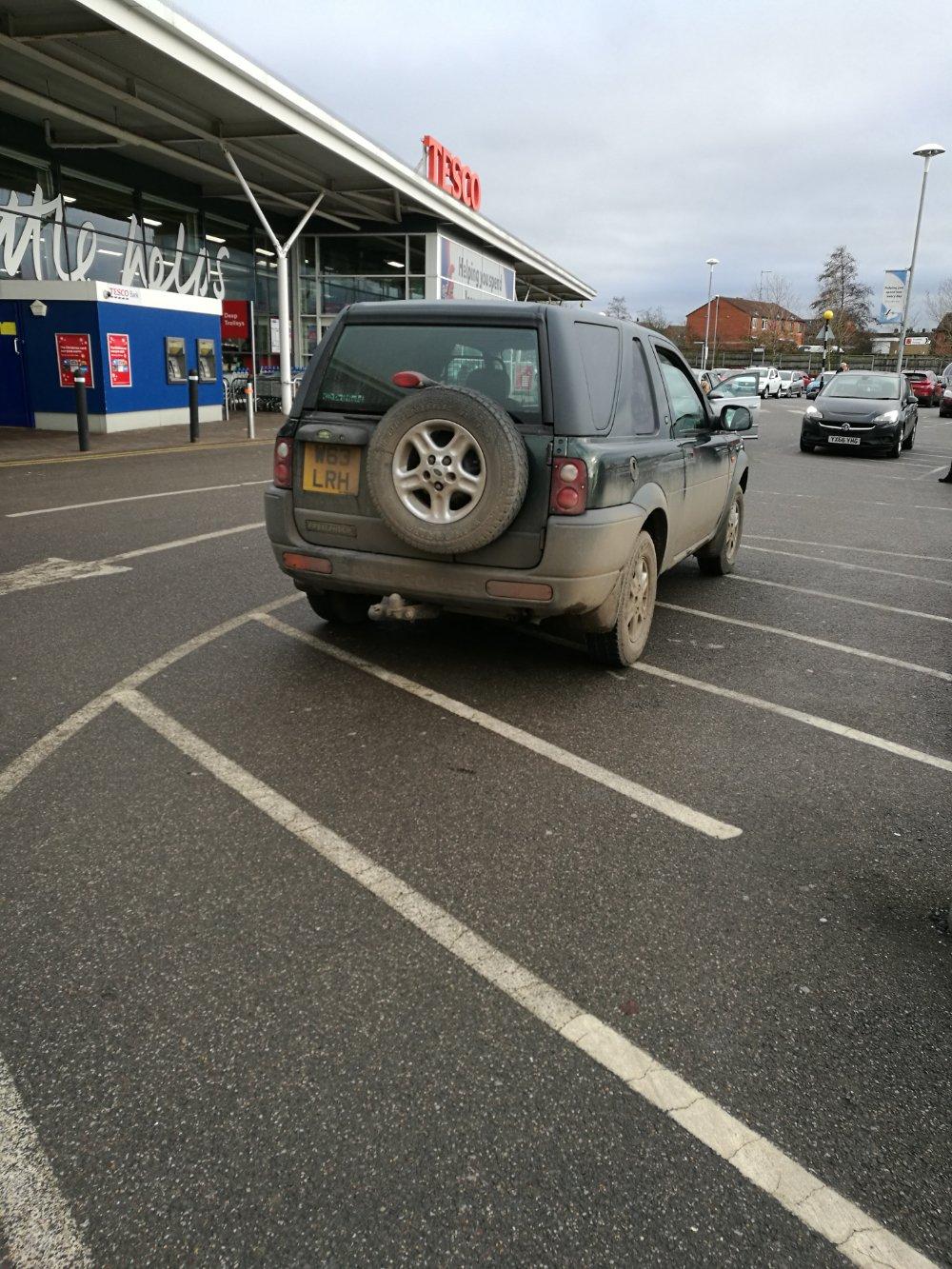 W63 LRH displaying crap parking